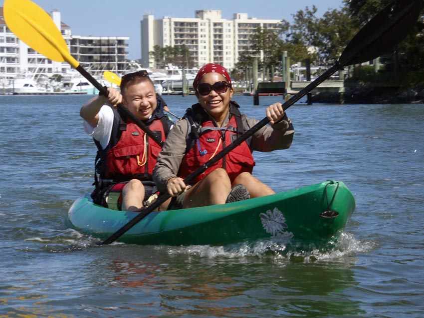 couples-kayak-nature-tour-virginia-beach-PA050096